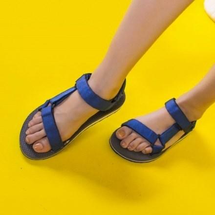 Sandal Adachi A01